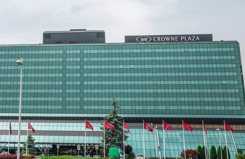 Hotel Crown Plaza